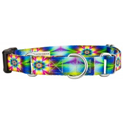 Tie Dye Flowers Martingale with Deluxe Buckle